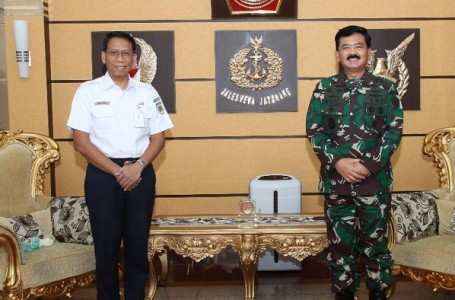 Panglima TNI Terima Audiensi Dirut PT. KAI