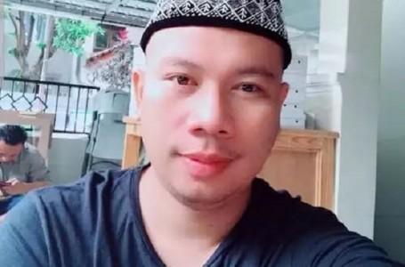 Penangguhan Dikabulkan,Vicky Prasetyo Sujud Syukur