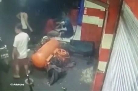 Dipepet Begal, Seorang Wanita Nekat Tabrakan Motornya ke Bengkel