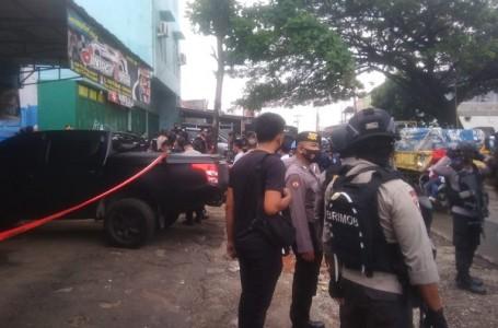 Densus 88 Mabes Polri Geledah Rumah Terduga Teroris di Bekasi
