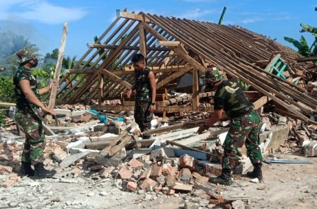 Pasca Gempa Malang, 700 Anggota TNI Dikerahkan