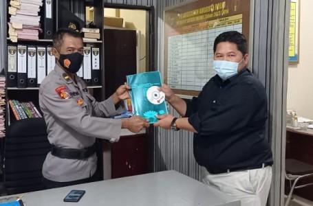 Kuasa Hukum PSHT, M. Samsodin Serahkan Bukti Video Penganiayaan Anak