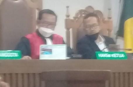 Hakim PN Jakpus Buka Persidangan Tanpa 'Ketuk Palu'