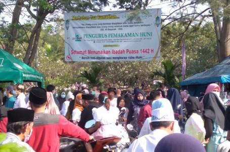 Selain TPU Telaga Murni, TPU Telaga Asih Juga Dipadati Penziarah