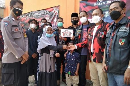 MPC PP Kabupaten Bekasi Serahkan Kunci Rumah 5 Anak Yatim