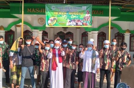 Pemotongan Qurban di Masjid Jamie Al-Hidayah Karangraharja Dengan Prokes