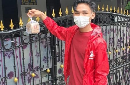 DPD PSI Kota Bekasi Berbagi 'Rice Box' Warga Jalani Isoman