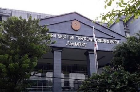 Jika Tak Kooperatif, Majelis Hakim PN Pusat Ancam Tahan Terdakwa Indrawan