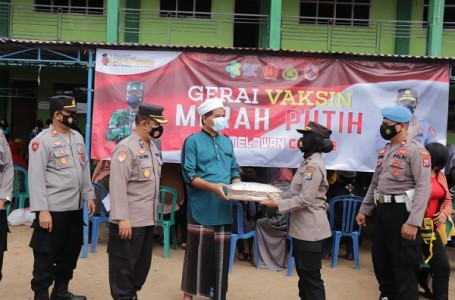 Polres Ponorogo Sasar Vaksin di Ponpes Wilayah Kecamatan Jambon